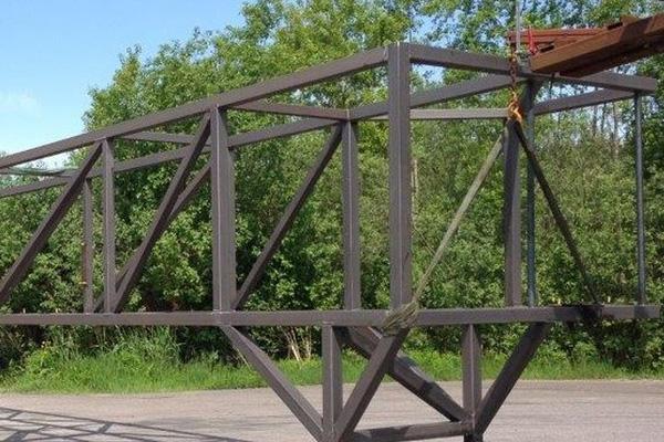Rörbryggor, tillverkning av anpassade rörbyggor till industrin.